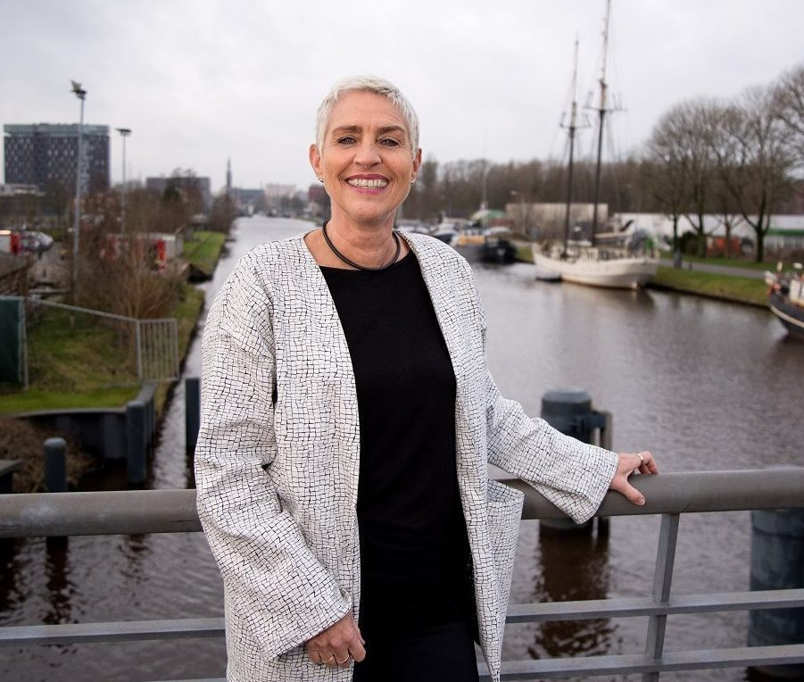 Wilma Mansveld: 'Ik sta nu weer echt met mijn poten in de klei'