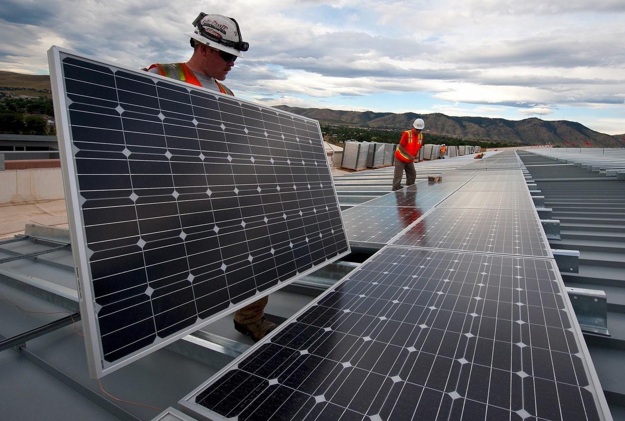 In één jaar verdubbeling aantal zonnepanelen